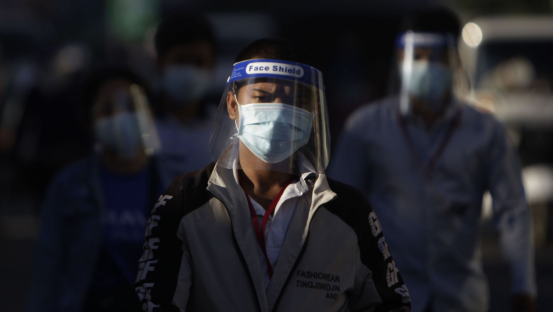 Persone con mascherine in Cambogia - Sputnik Italia, 1920, 11.05.2021
