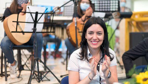 La ex ministro Azzolina, promotrice dei banchi a rotelle - Sputnik Italia