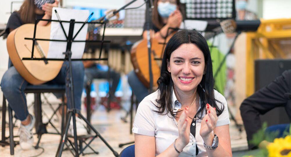 La ex ministro Azzolina, promotrice dei banchi a rotelle