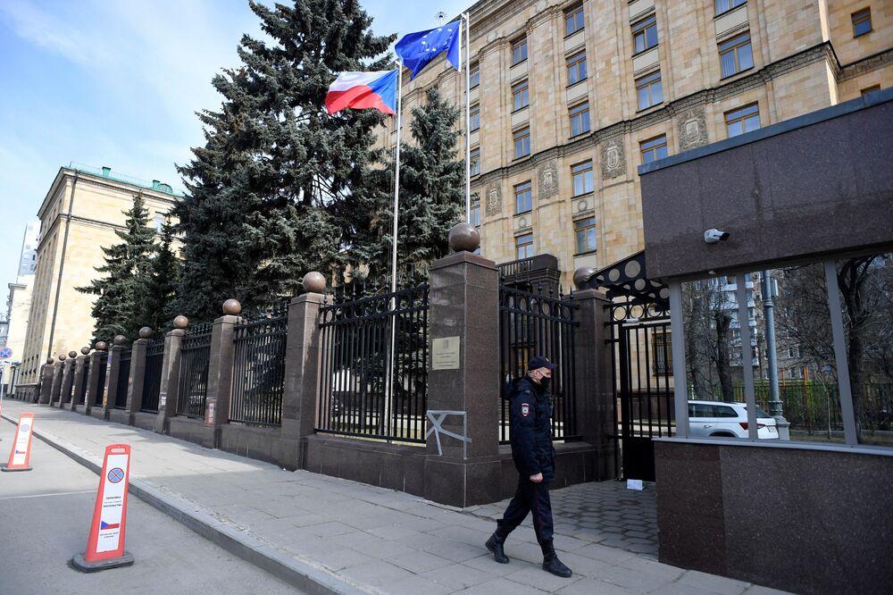 Agente di polizia presso l'Ambasciata ceca a Mosca