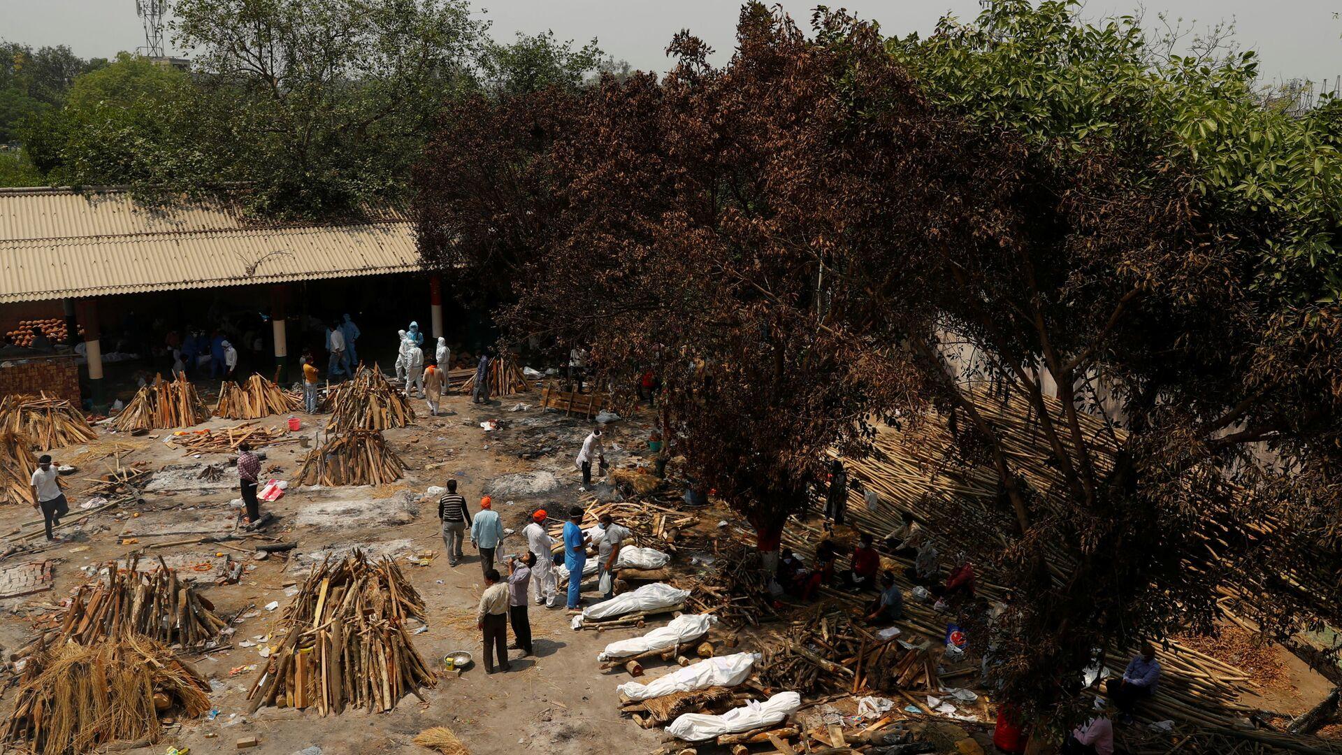 Cremazione di massa a Nuova Delhi, India - Sputnik Italia, 1920, 26.04.2021