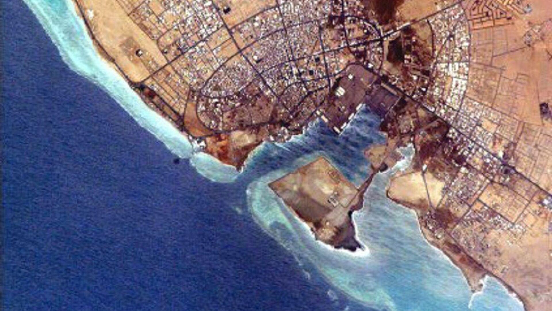 Foto della NASA del porto di Yanbu al Bahr, Arabia Saudita. - Sputnik Italia, 1920, 27.04.2021