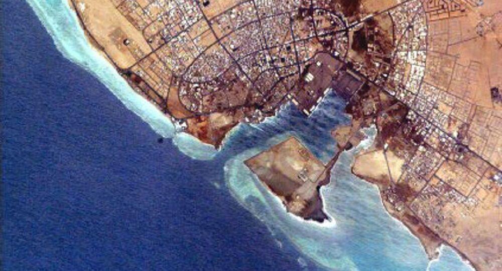 Foto della NASA del porto di Yanbu al Bahr, Arabia Saudita.