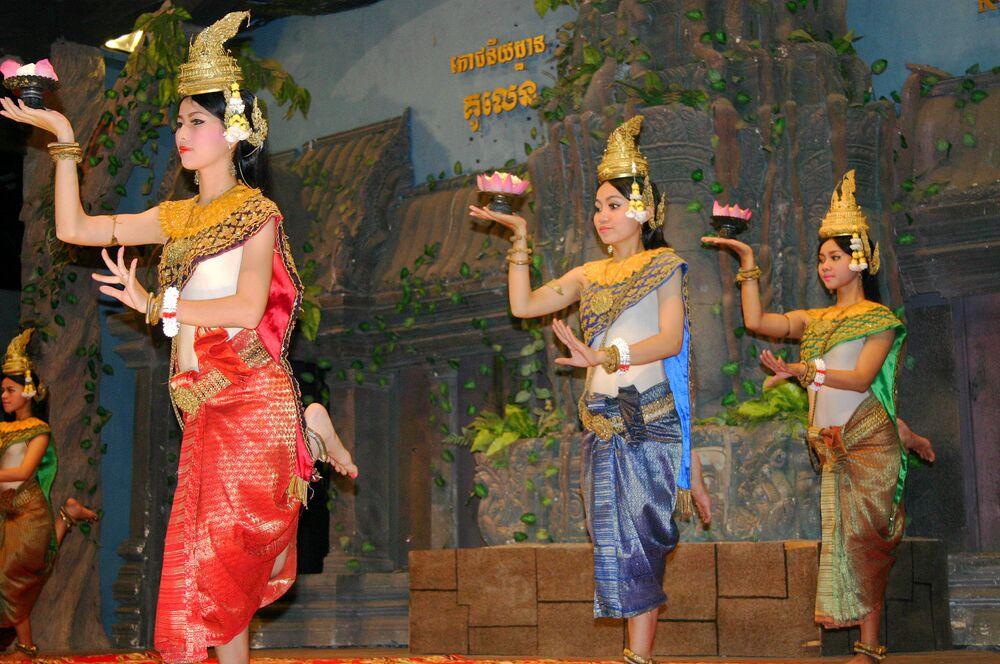 La magia della danza classica Khmer