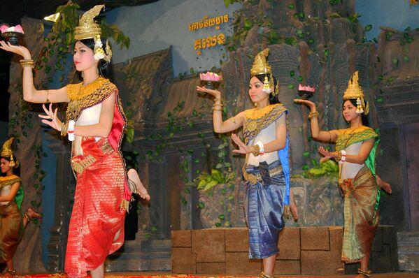La magia della danza classica Khmer - Sputnik Italia