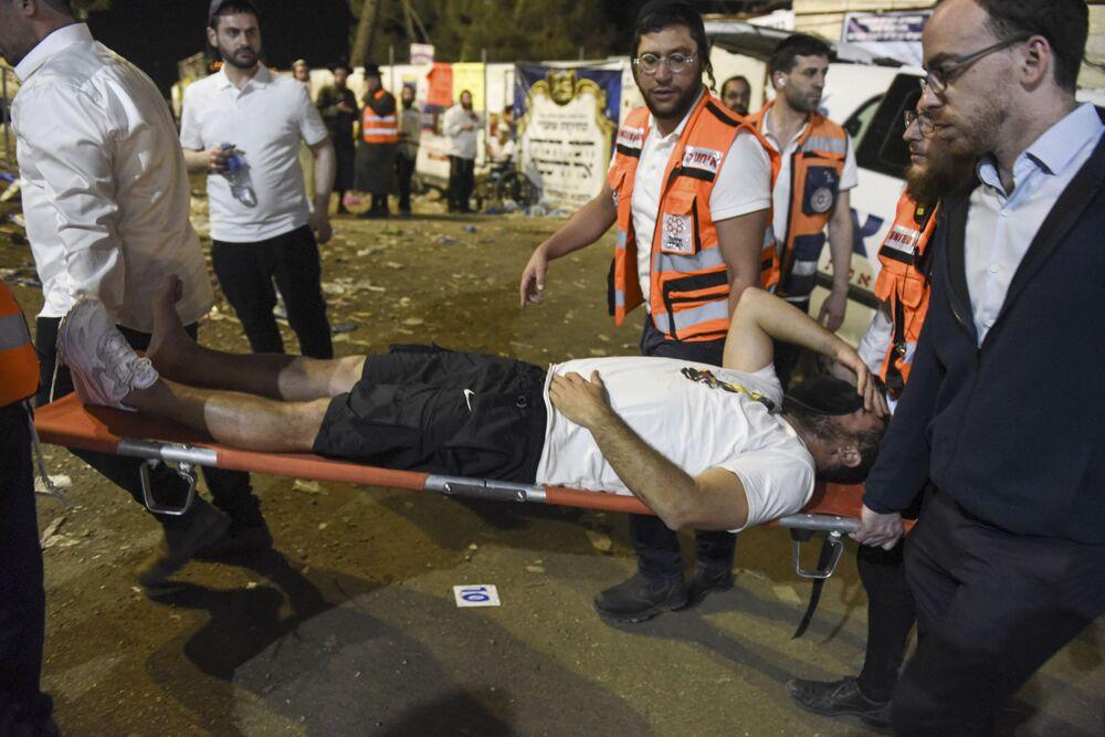 Più tardi, il quotidiano Jerusalem Post ha riferito che il bilancio delle vittime del disastro ha raggiunto 44 persone, con 103 feriti e più di 40 attualmente in condizioni critiche