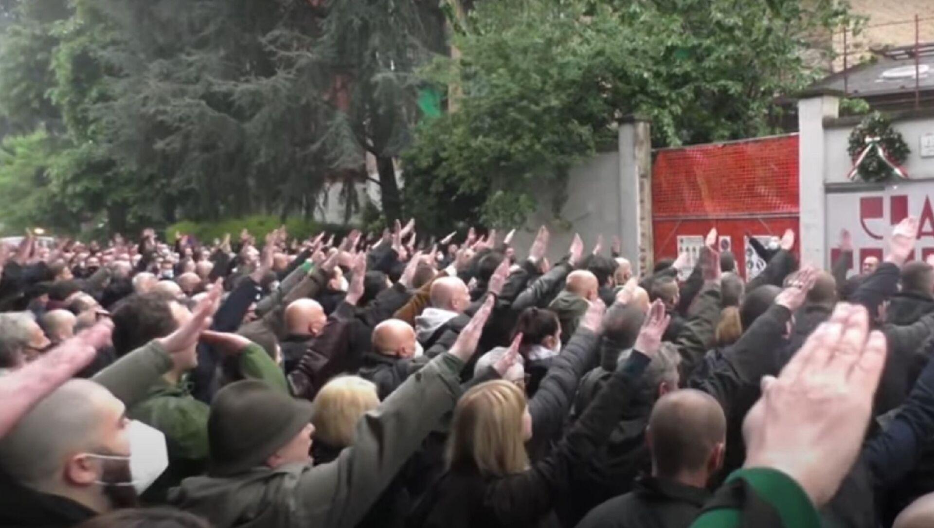 L'estrema destra ricorda Sergio Ramelli - Sputnik Italia, 1920, 30.04.2021