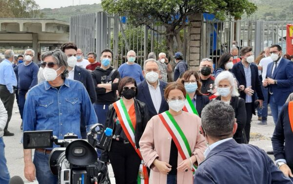 1 maggio presidio lavoratori Blutec Termini Imerese - Sputnik Italia