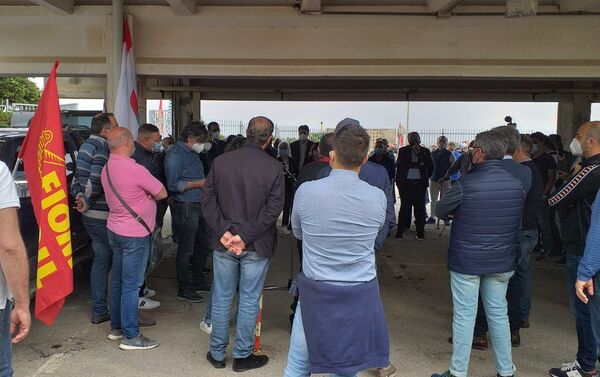 1 maggio presidio dei lavoratori Blutec a Termini Imerese - Sputnik Italia
