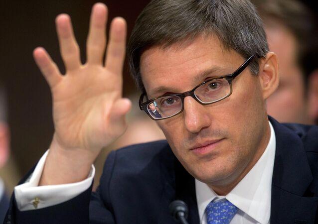 Il consigliere del segretario si Stato americano Derek Chollet