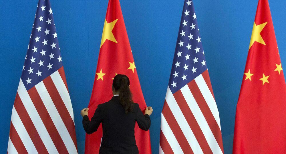 Bandiera USA e Cina