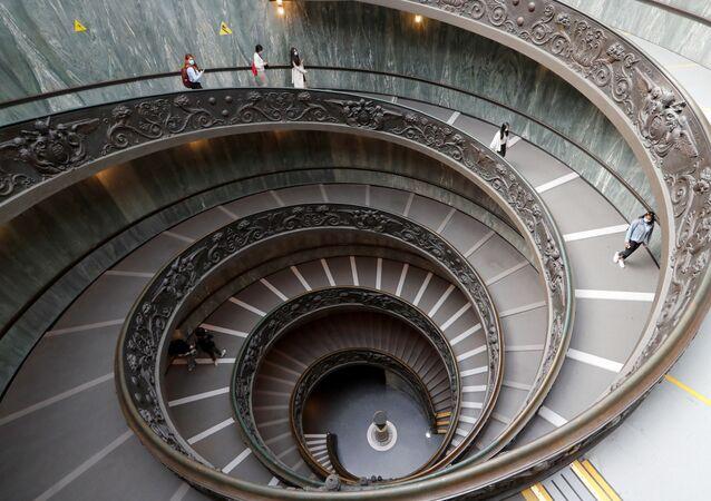 I Musei Vaticani il giorno della riapertura