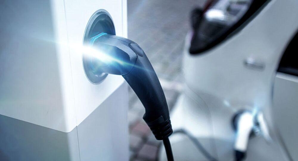 Colonnino di ricarica auto elettriche