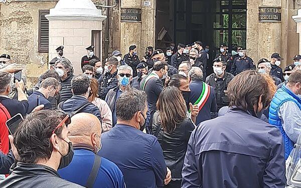 Presidio lavoratori Blutec di Termini Imerese davanti al palazzo della Regione a Palermo - Sputnik Italia