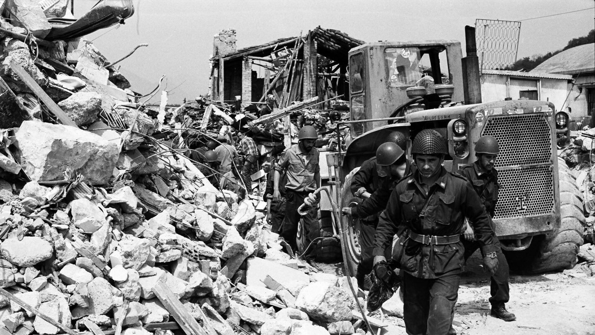 Terremoto del Friuli 6 maggio 1976 - Sputnik Italia, 1920, 06.05.2021