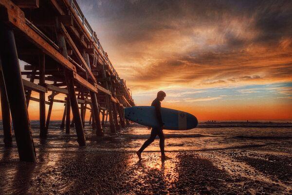 La foto San Clemente, del fotografo statunitense Roger Clay, vincitrice nella categoria Acqua | Neve | Ghiaccio  della decima edizione del concorso fotografico Mobile Photography Awards - Sputnik Italia