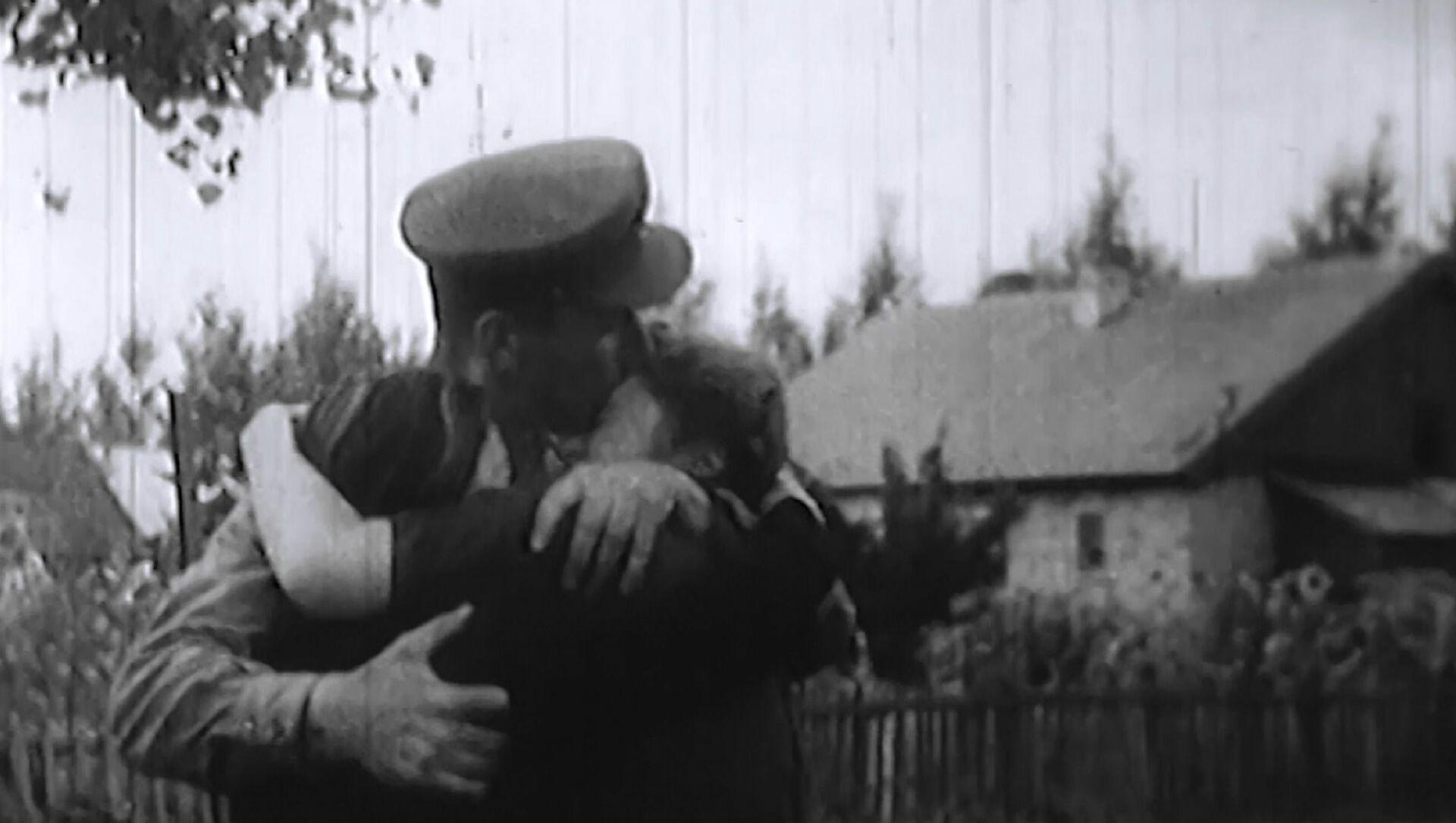 9 maggio: la festa con le lacrime agli occhi - Sputnik Italia, 1920, 09.05.2021