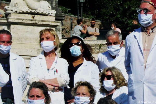 Manifestazione Terapia Domiciliare Precoce , 8 maggio 2021 Piazza del Popolo, Roma - Sputnik Italia