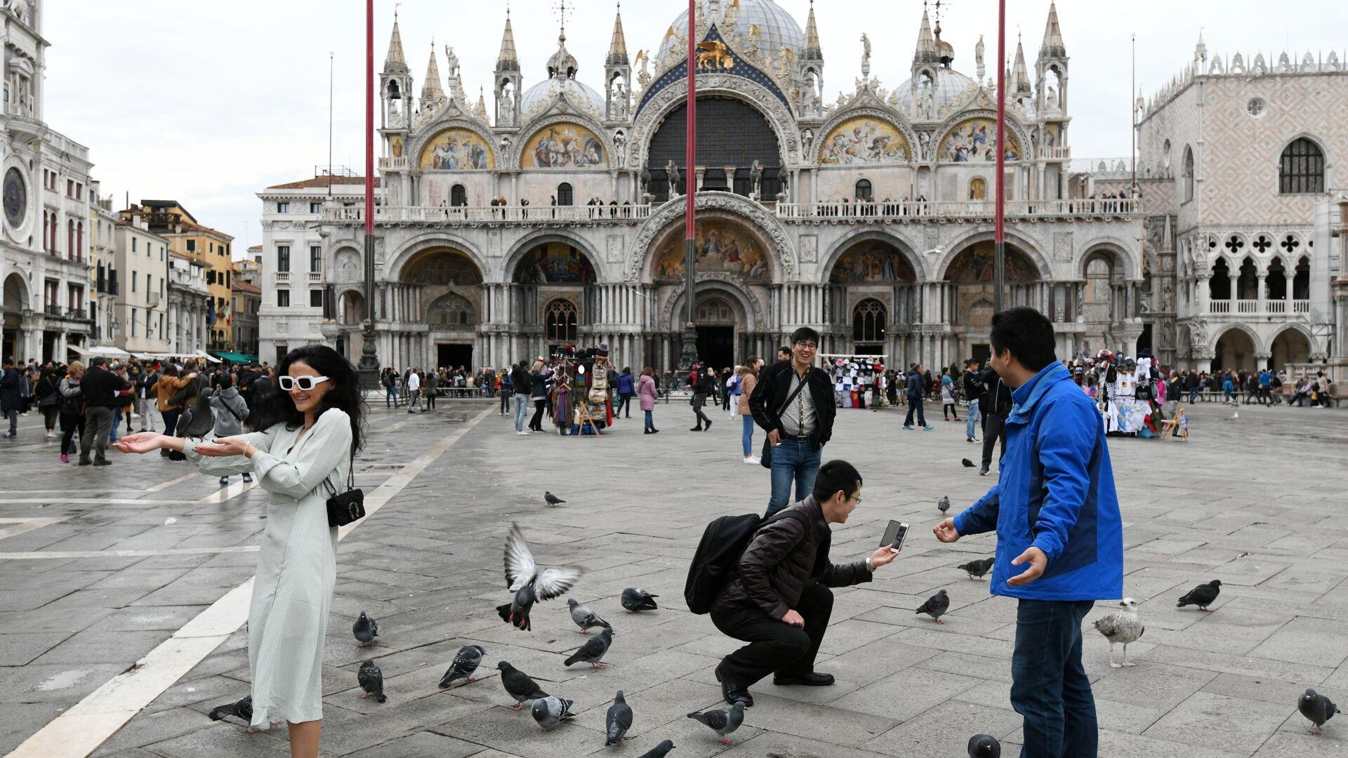 Turisti a Venezia - Sputnik Italia, 1920, 10.05.2021