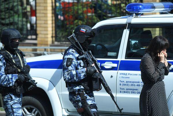 Le forze dell'ordine hanno arrestato un adolescente, sospettato di essere autore della sparatoria nella scuola - Sputnik Italia
