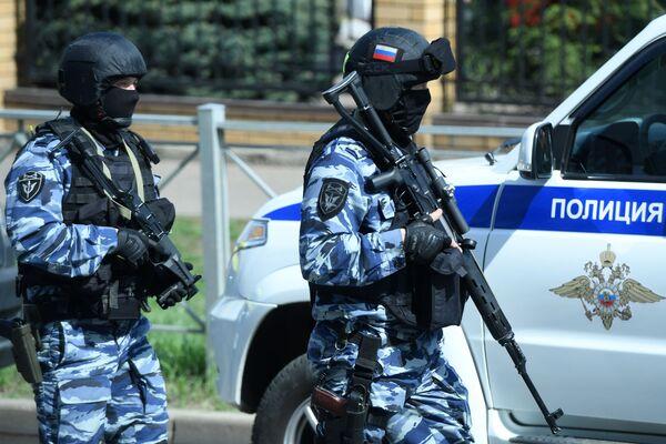 Kazan, tra le vittime diversi studenti e anche un insegnante - Sputnik Italia