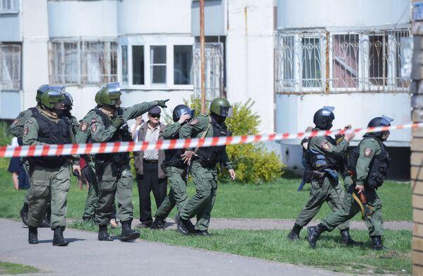 Sul luogo è in corso un'operzione della polizia, che ha ucciso uno dei due assalitori - Sputnik Italia