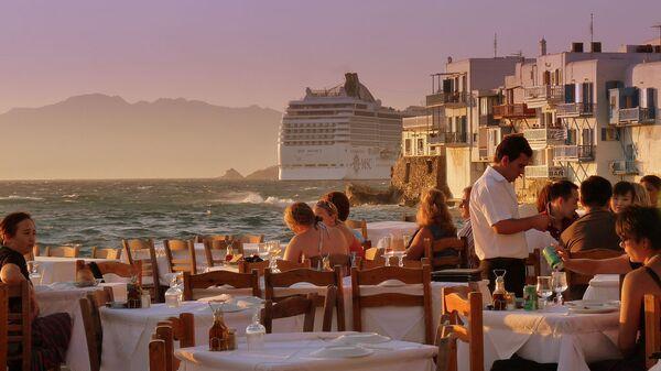 Cena sull'isola Mykonos, Grecia - Sputnik Italia