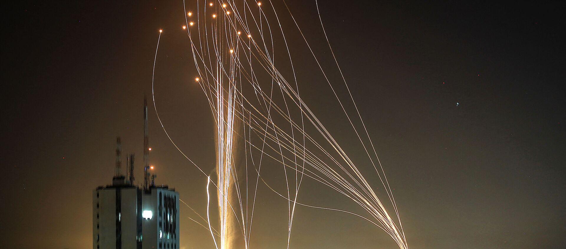 Missili nel cielo di Tel Aviv, 11 maggio 2021 - Sputnik Italia, 1920, 12.05.2021