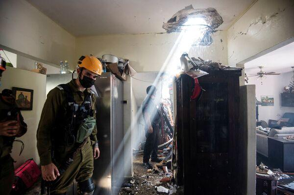 All'inizio della giornata di ieri, le Forze di Difesa Israeliane (IDF) hanno reso noto che oltre 200 razzi erano stati lanciati dalla Striscia di Gaza verso il territorio di Israele. - Sputnik Italia
