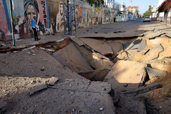 Negli ultimi tre giorni, Gerusalemme è stata scossa dalla violenza mentre Hamas si è reso protagonista di un vero bombardamento missilistico sul territorio israeliano, al quale Tel Aviv ha risposto con durezza. - Sputnik Italia