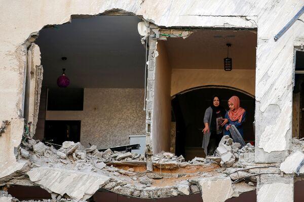 In risposta agli attacchi indiscriminati di Hamas, le forze armate israeliane hanno dato il via ad una serie di operazioni contro le strutture di Hamas a Gaza, usando bombe intelligenti. - Sputnik Italia