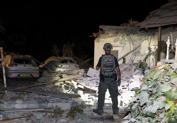 Ieri per oltre dieci ore sono stati lanciati razzi dalla Striscia di Gaza in direzione del territorio di Israele, facendo scattare sirene a Gerusalemme, Beit Shemesh, Ashkelon, Sderot e in gran parte del Sud del paese. - Sputnik Italia