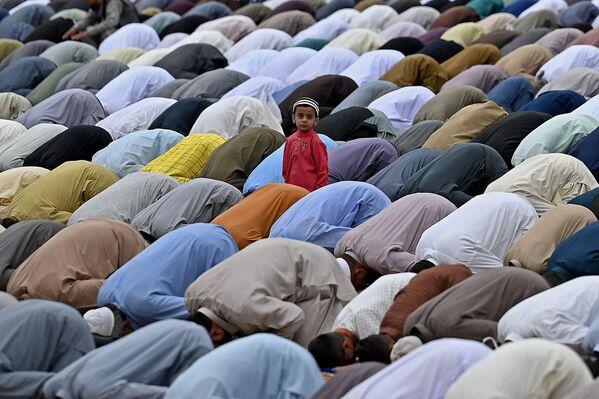 La preghiera del Ramadan a Rawalpindi, Pakistan  - Sputnik Italia