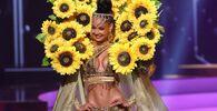 Miss Repubblica Dominicana Kimberly Jimenez durante il National Costume Show, la sfilata con l'abito nazionale, nell'ambito del concorso Miss Universo 2021, Seminole Hard Rock Hotel & Casino, Hollywood, Florida, 13 maggio 2021