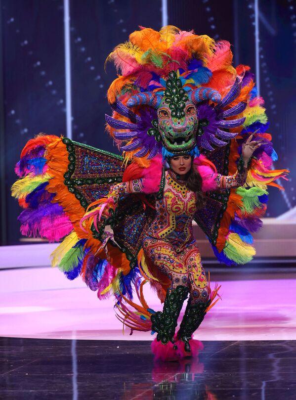 Miss Messico Andrea Meza durante il National Costume Show, la sfilata con l'abito nazionale, nell'ambito del concorso Miss Universo 2021, Seminole Hard Rock Hotel & Casino, Hollywood, Florida, 13 maggio 2021 - Sputnik Italia