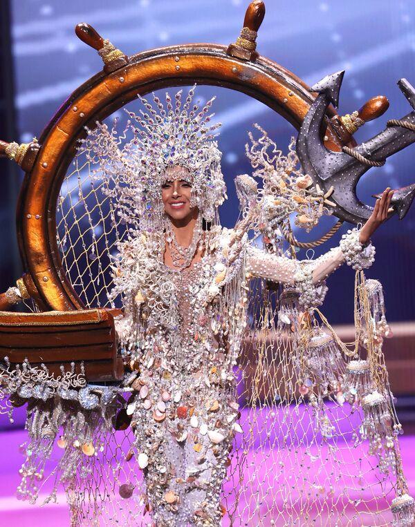 Miss Panama Carmen Jaramillo durante il National Costume Show, la sfilata con l'abito nazionale, nell'ambito del concorso Miss Universo 2021, Seminole Hard Rock Hotel & Casino, Hollywood, Florida, 13 maggio 2021 - Sputnik Italia