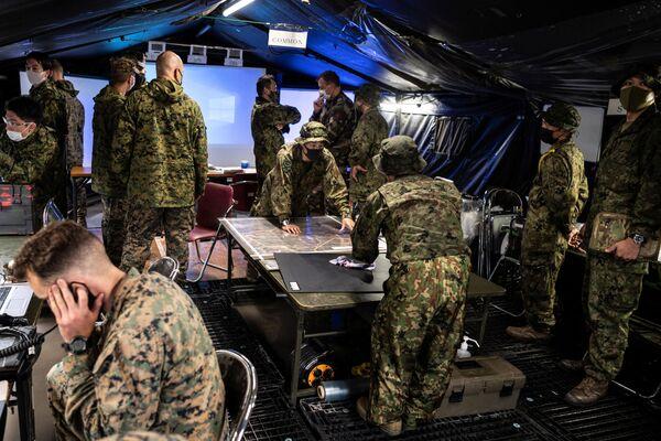 """Le forze hanno condotto poi operazioni anfibie a cui ha partecipato la brigata per le operazioni anfibie delle Forze di autodifesa del Giappone, i cui soldati sono soprannominati """"i Marines giapponesi"""" - Sputnik Italia"""