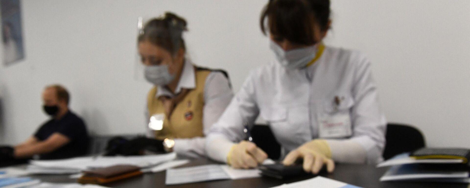 Medico certificato - Sputnik Italia, 1920, 03.08.2021