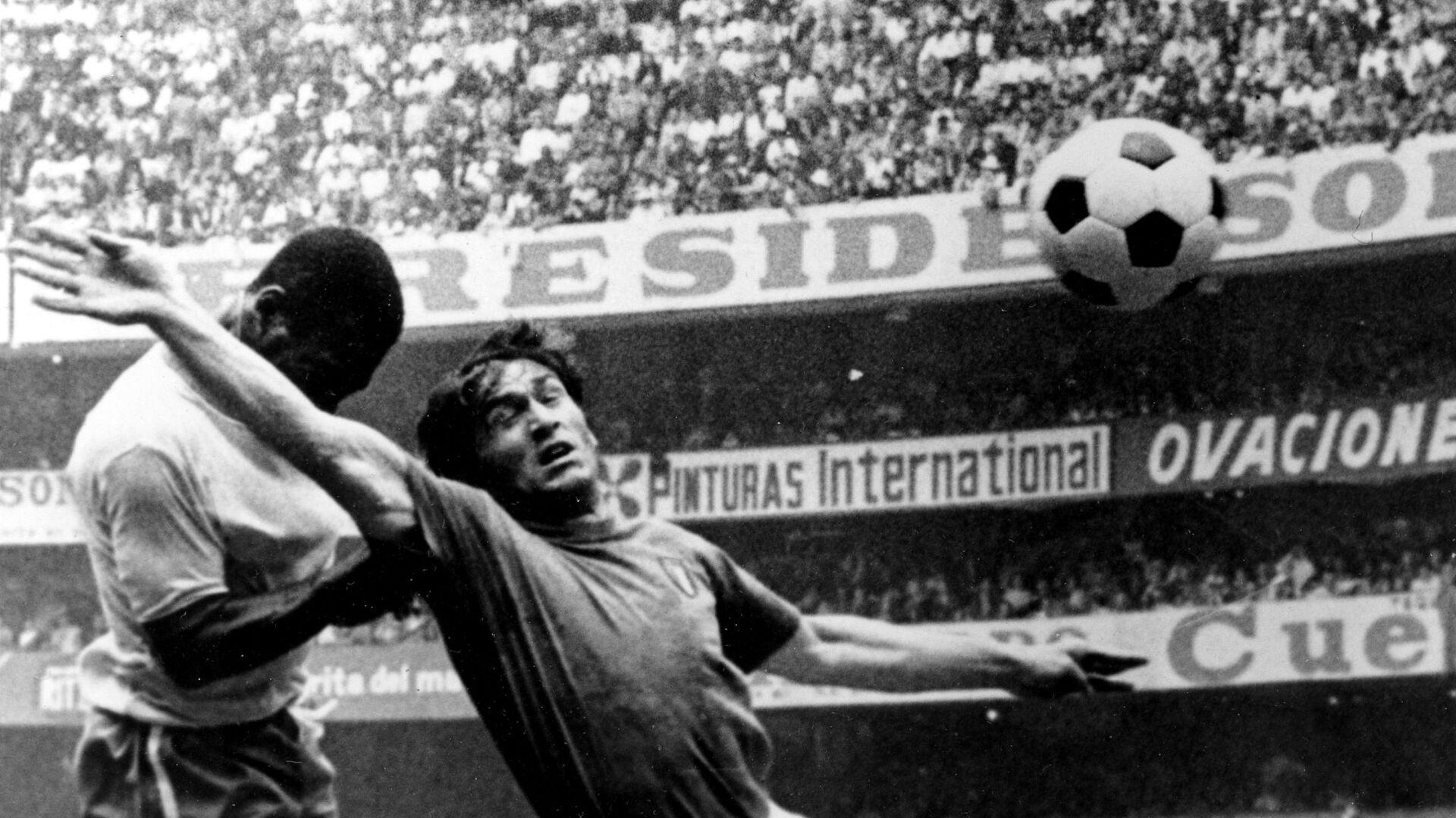 Il calciatore italiano Tarcisio Burgnich - Sputnik Italia, 1920, 26.05.2021