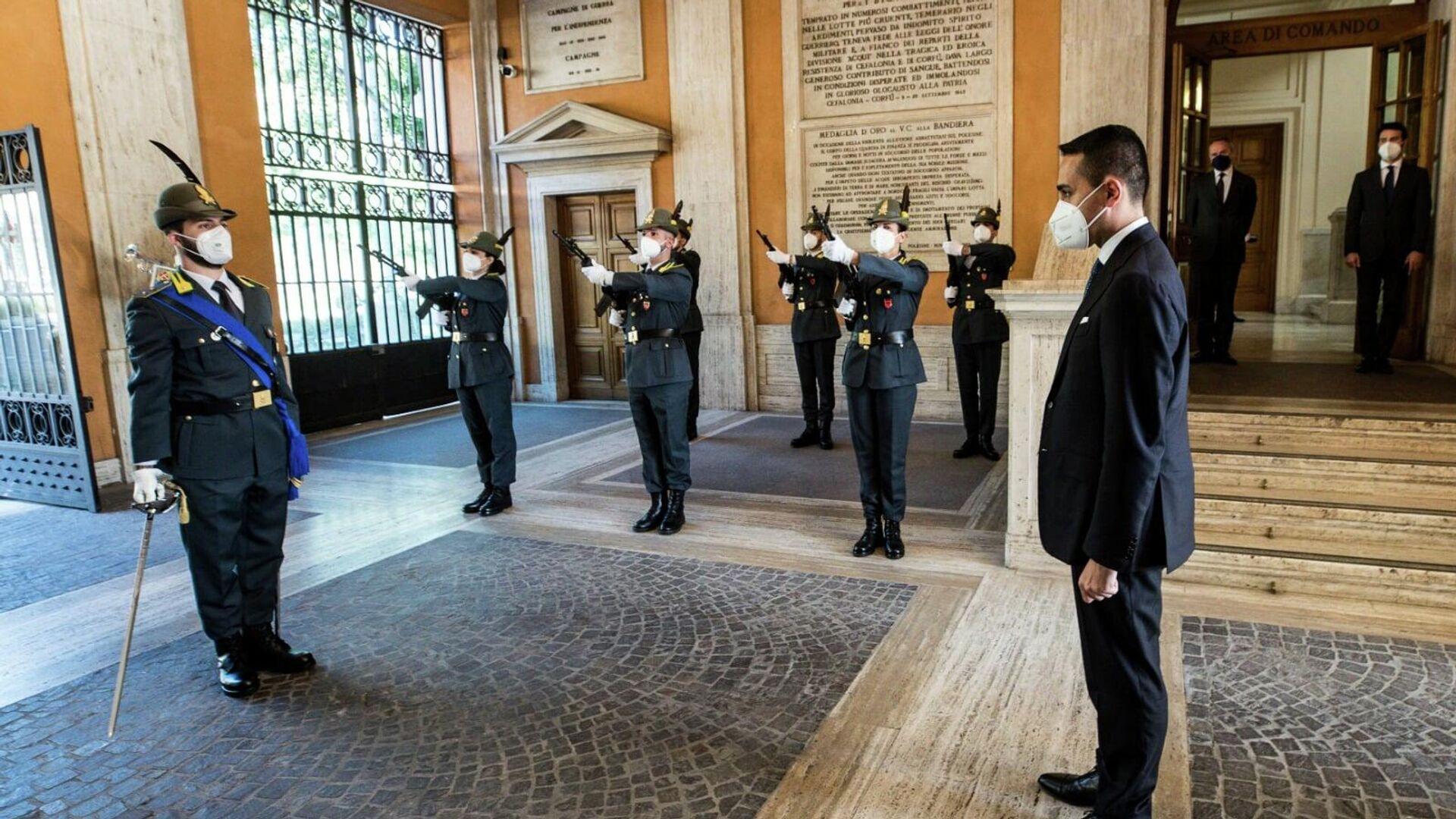 Il ministro Di Maio in visita al Comando Generale della Guardia di Finanza, 26 maggio 2021 - Sputnik Italia, 1920, 26.05.2021