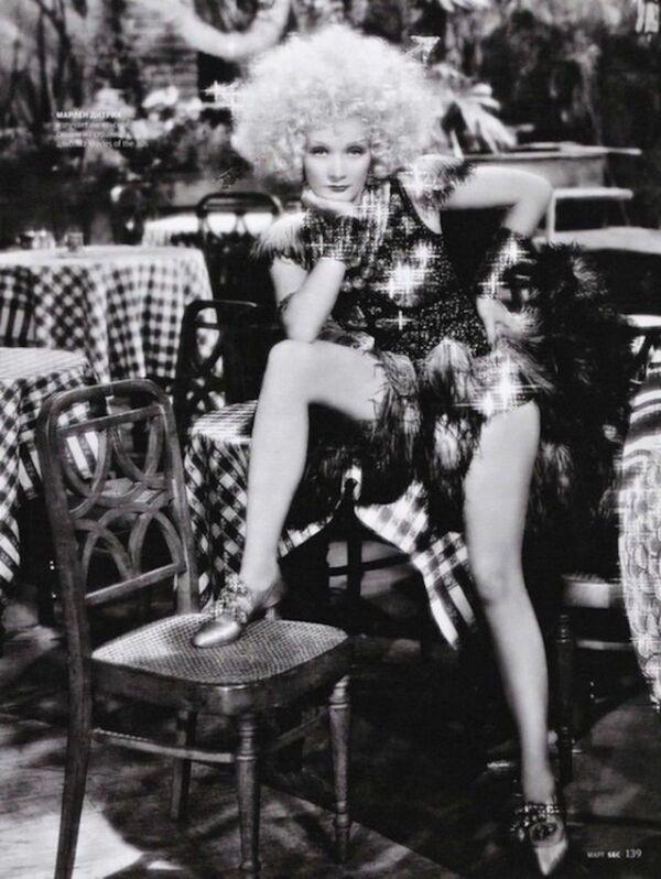 Attrici come Jean Harlow o Marlene Dietrich furono dei veri e propri sex symbol, per poi giungere a Marylin Monroe, vera icona della bionda sensuale. - Sputnik Italia