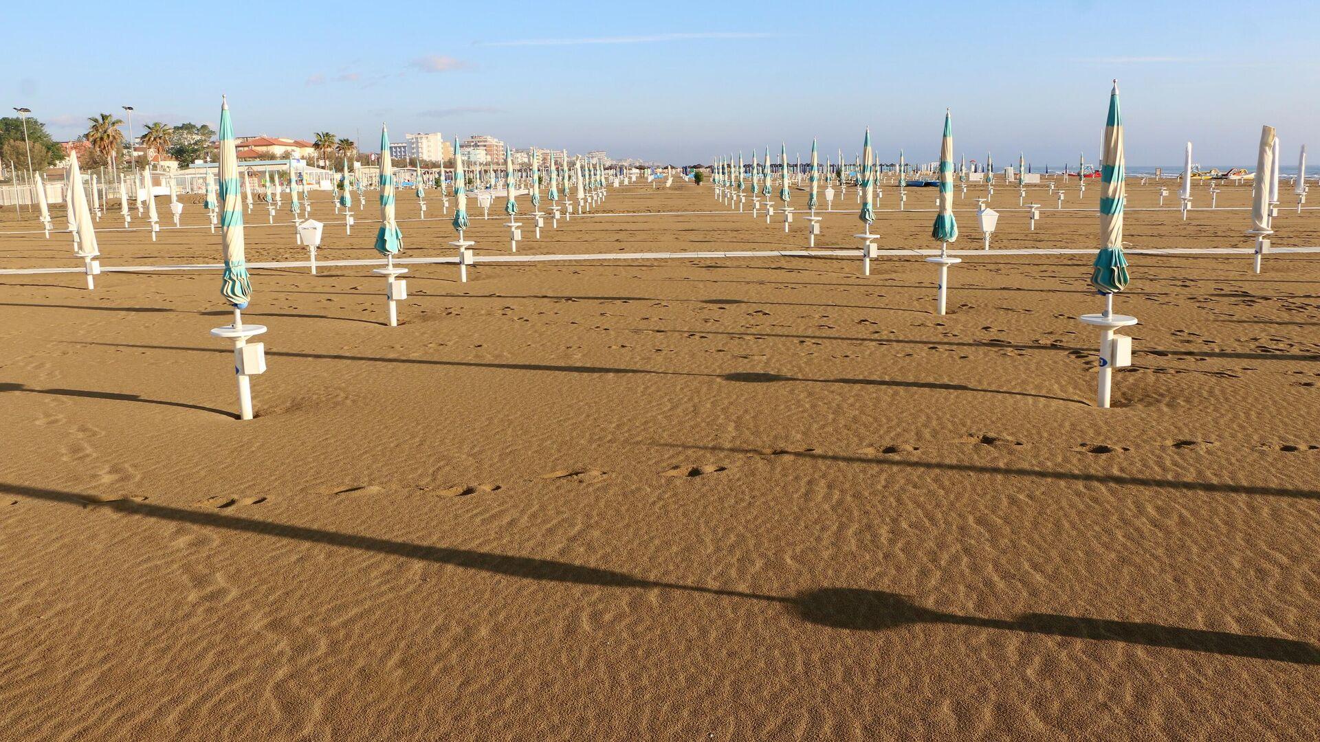 Spiaggia vuota - Sputnik Italia, 1920, 01.06.2021