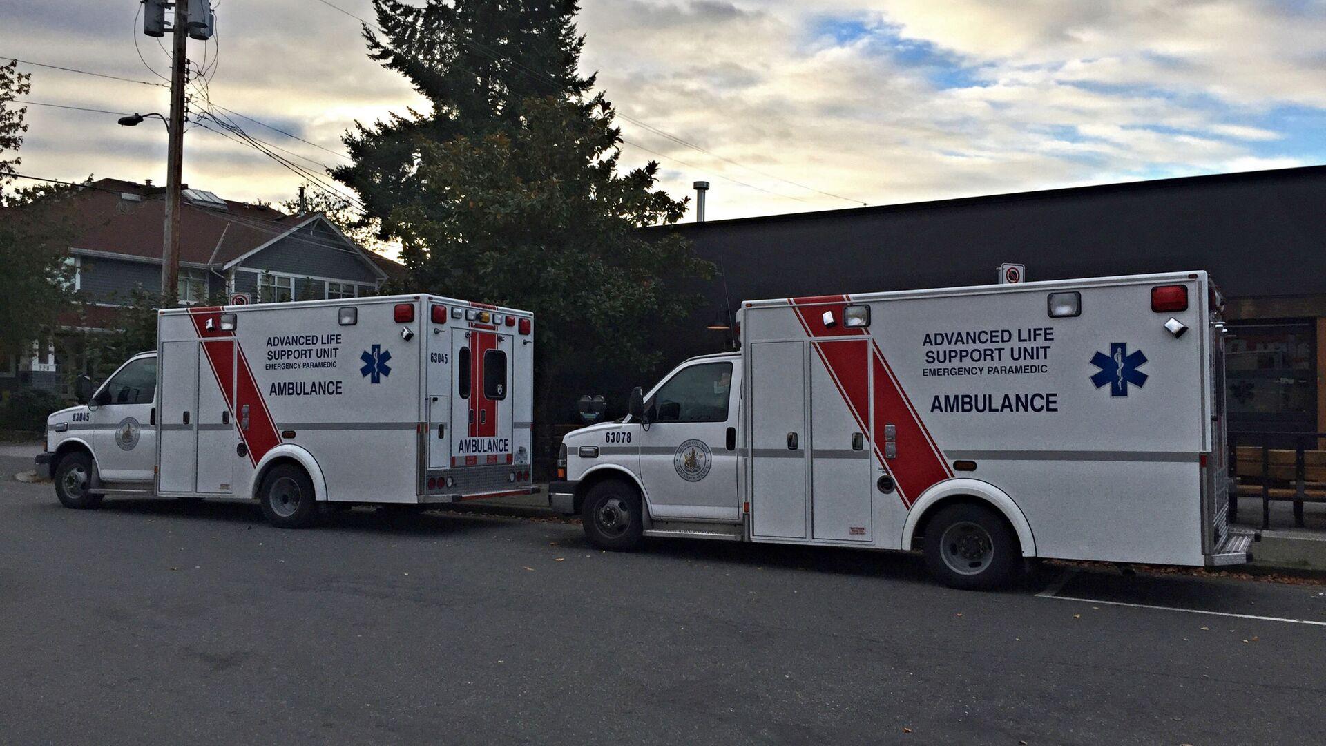 Ambulanze in Canada - Sputnik Italia, 1920, 05.06.2021