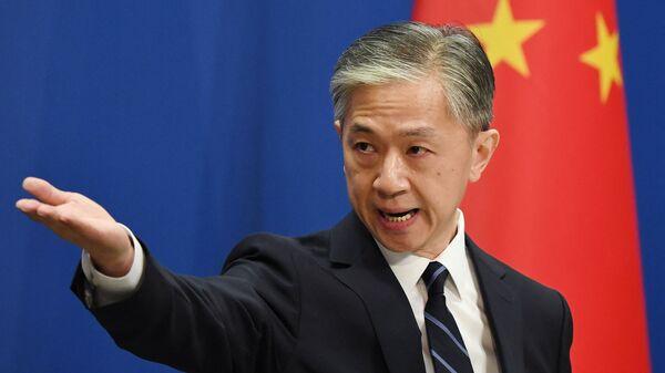 Пресс-секретарь Министерства иностранных дел Китая Ван Вэньбинь - Sputnik Italia