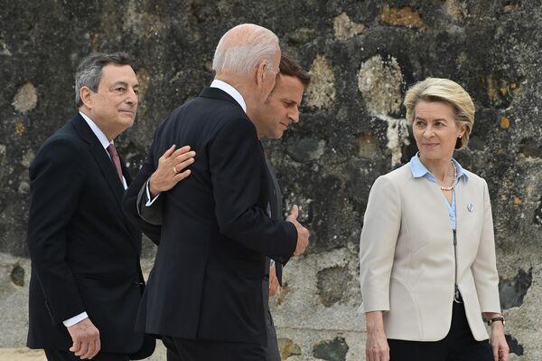 Draghi, Biden, Macron e von der Leyen al G7 in Cornovaglia - Sputnik Italia