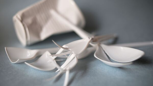 Пластиковая посуда - Sputnik Italia