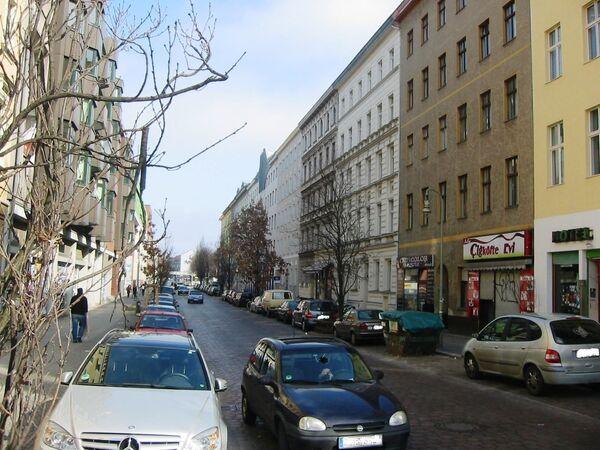 La via Mariannenstraße a Berlino, Germania. - Sputnik Italia