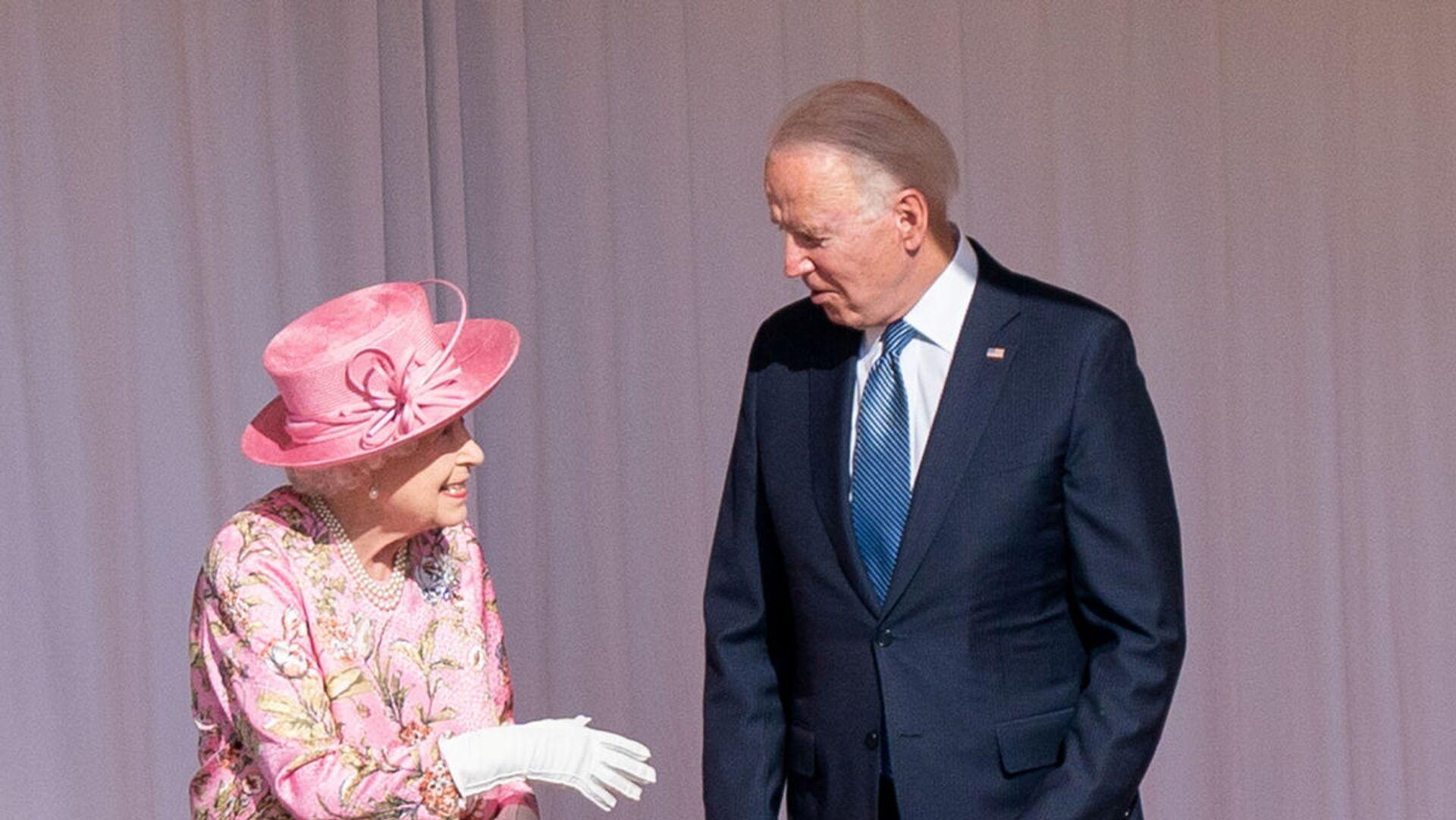 L'incontro tra Joe Biden e Elisabetta II - Sputnik Italia, 1920, 14.06.2021