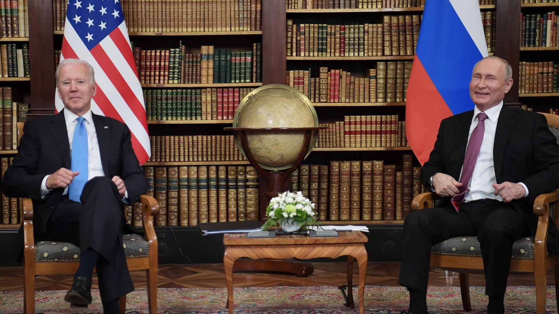 L'incontro bilaterale tra Putin e Biden a Ginevra - Sputnik Italia, 1920, 17.07.2021