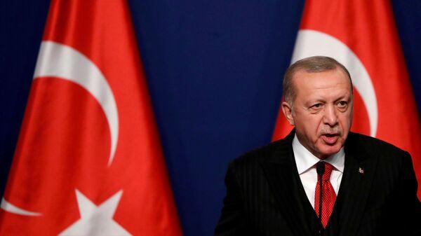 Президент Турции Реджеп Тайип Эрдоган - Sputnik Italia